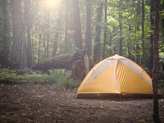 Co wziąć pod namiot, aby niczego nie zabrakło